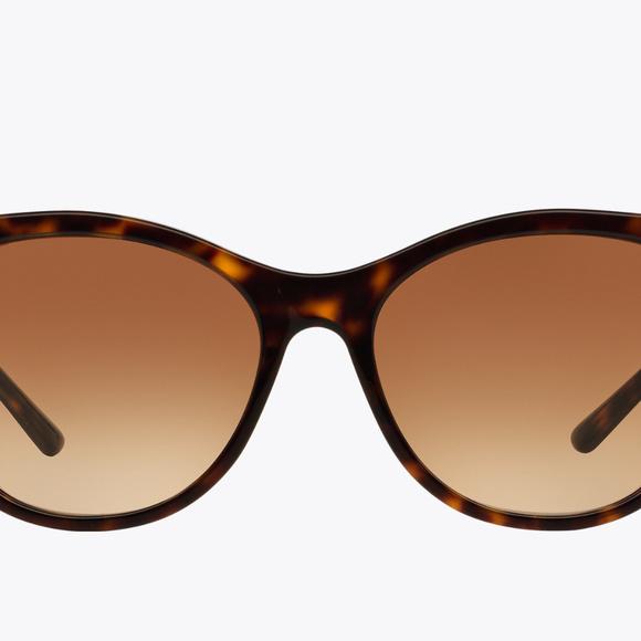 Lightly used Burberry Tortoise frame sunnies